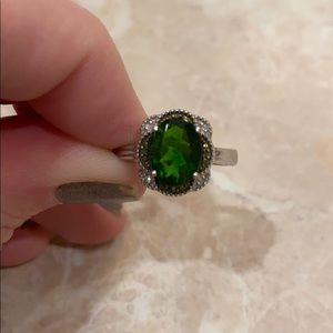 Chrome Diopside & Diamond Ring